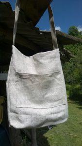 Vasarinis krepšys. 35/45cm. Išorėje didelė kišenė. Medvilnė.