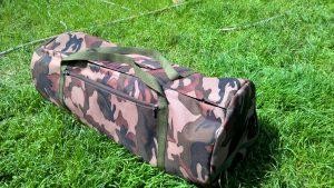 Krepšys palapinei su dviem kišenėm. Poliesteris.