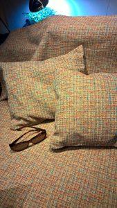 Lovatiesė ir 2 pagalvėlės. Gobelenas.