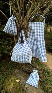 Virtuvės komplektas: prijuostė, užtraukiamas maišelis ir krepšys. Linas.